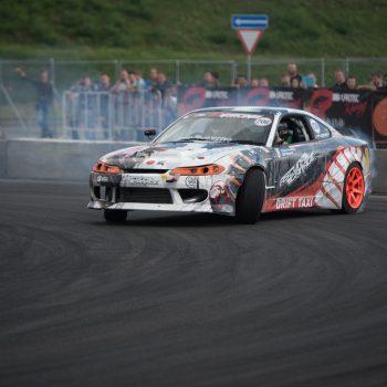 Car Race Sport Sports Car People Audience Bet