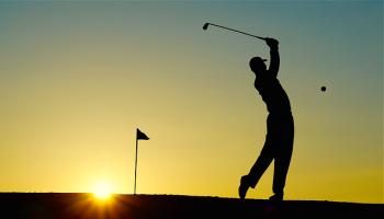 Golf Sunset Sport Golfer Golf Clubs Einlochfahne